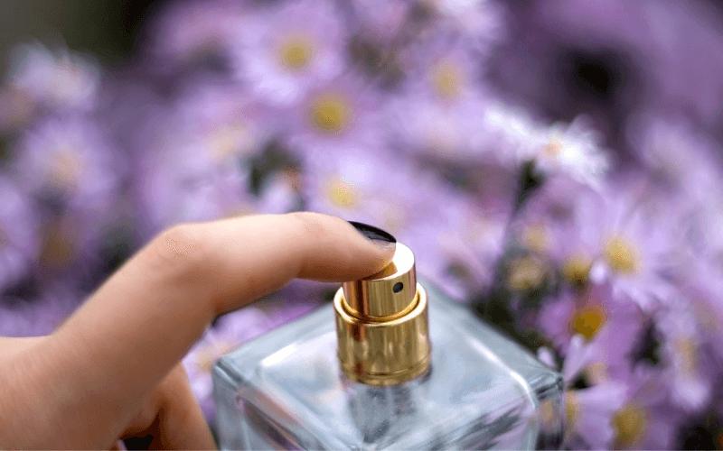 Poszukiwanie wymarzonych perfum – przykładem Gucci Envy Me